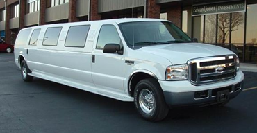 14 Passenger Ford Excursion Limo Rental