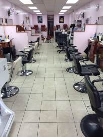 a full view of our hair and nail salon in Kailua, HI