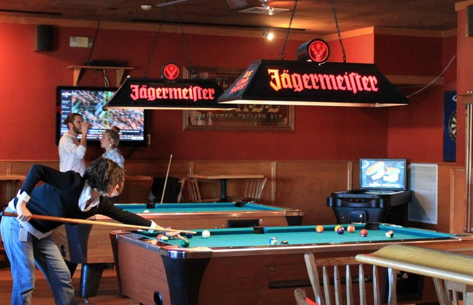Widow Brown's Danbury Pool Tables