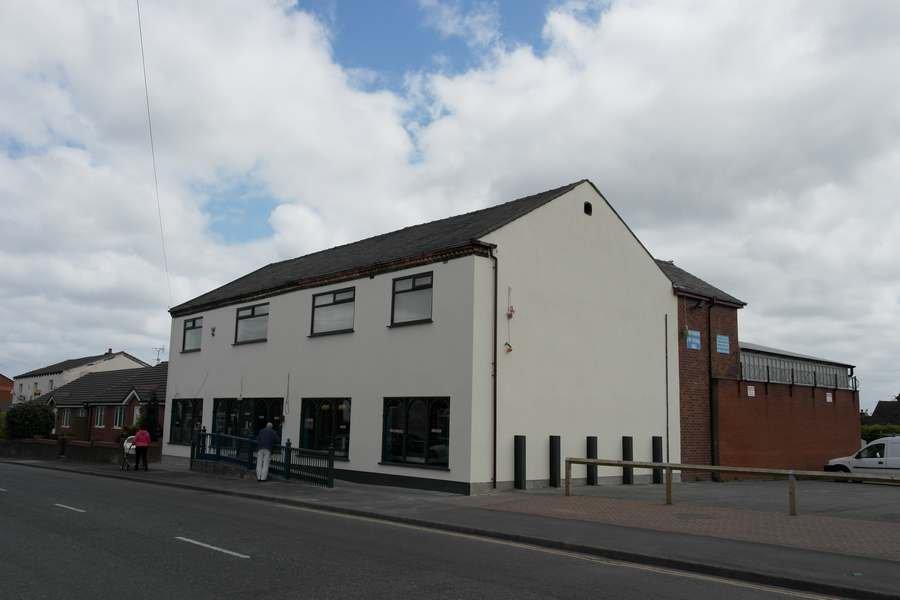 External Render in Ashton-In-Makerfield