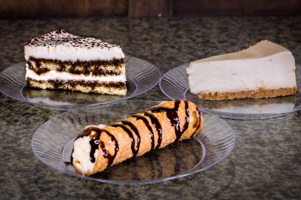 cannoli tiramisu and cheesecake